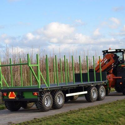 Eerste aanhangwagen voor boomkwekerij geleverd